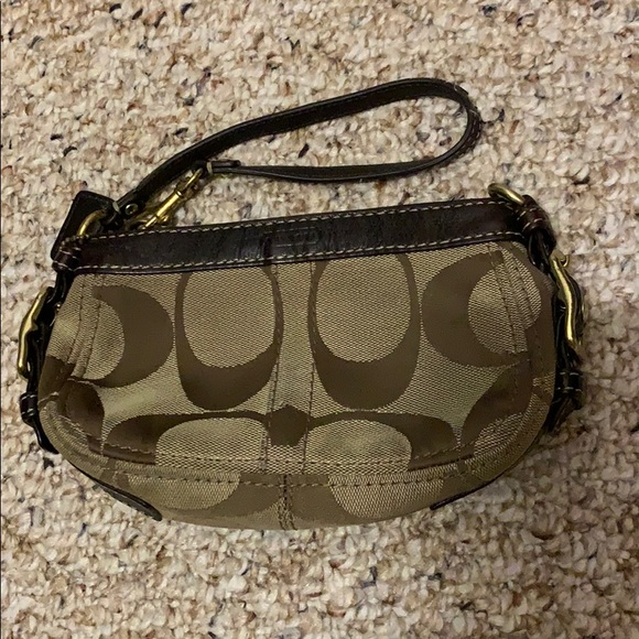 Coach Wristlet to Convertible Small Purse